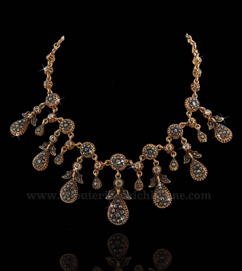 Bijoux Collier Diamants Rose ''Chichkhane'' 31357