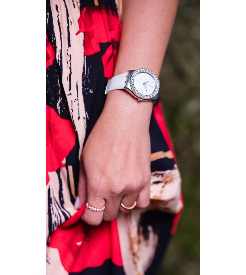 Montres Femme SWATCH YLS217